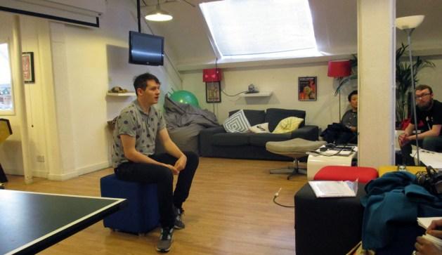 Ian Hogarth, CEO-nya Songkick sharing dengan rombongan dari British Council.
