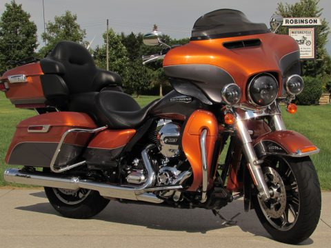 2015 Harley-Davidson Electra Glide ULTRA Classic FLHTCU   - 103 Motor - Nav - Mini Apes, Exhaust