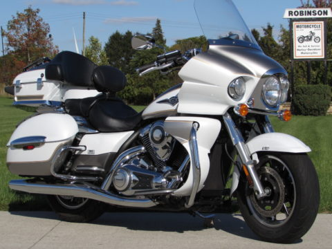 2013 Kawasaki Vulcan 1700 Voyager  - ONLY $29 Week - GPS - Easy Financing