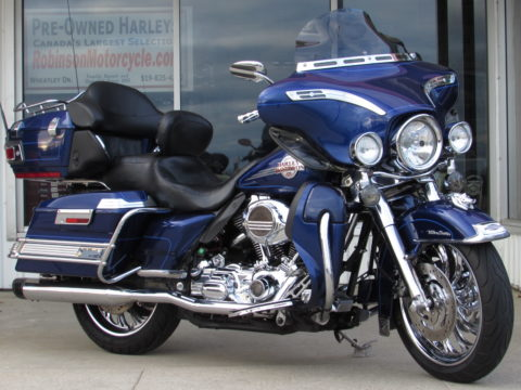 2006 Harley-Davidson Electra Glide ULTRA Classic FLHTCU   - $15,000 in Customizing and Chrome - $39 Week