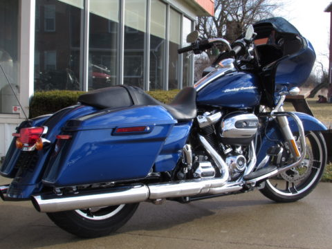 2017 Harley-Davidson Road Glide Special FLTRXS  - 23,600 KM - ONLY $49 Week - Navigation and More