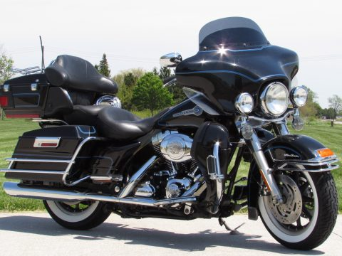 2007 Harley-Davidson ULTRA Classic FLHTCU  - Peace Officer - Stage 1 Exhaust - Low $38 Week