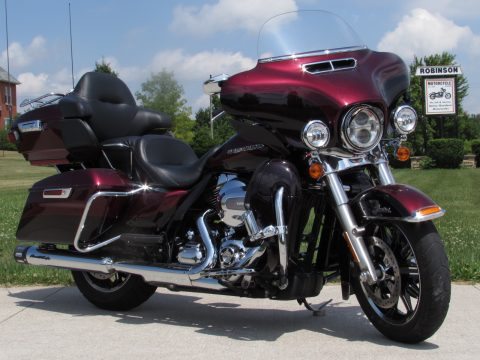 2014 Harley-Davidson Ultra Limited FLHTK   - 25,800 Local KM - Navigation, Screamin' Eagle Exhaust