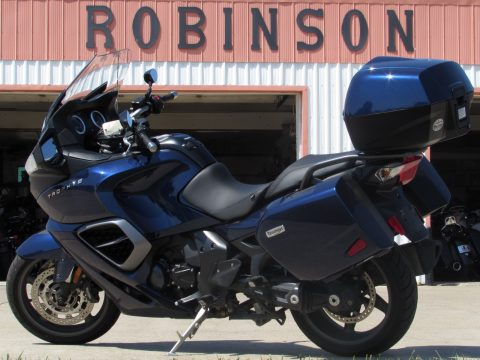 2014 Triumph Trophy SE  Sport and Touring - Handles like a Dream - $29 week