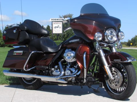 2011 Harley-Davidson Ultra Limited FLHTK   - $5,000 in Customizing - Cool Street Glide Looks - Only $40 weekly!