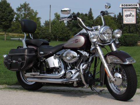 2007 Harley-Davidson Heritage Softail Classic FLSTC   Like NEW - Solo or 2-up - $33 week - Loaded