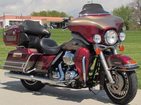 2009 Harley-Davidson ULTRA Classic FLHTCU  - 96 Motor 6 Speed - ABS Brakes - Low $33 Week