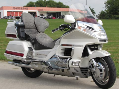 1999 Honda GL 1500 Gold Wing  SE - 50th Anniversary - ONLY 39,600 Miles - $25 Week