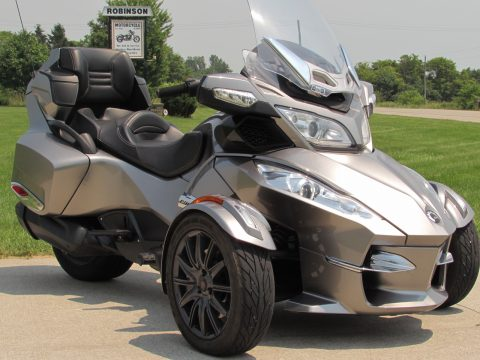 2013 BRP Can-Am Spyder RT-S  - Locally Owned 10,400 KM - ONLY $55 Week