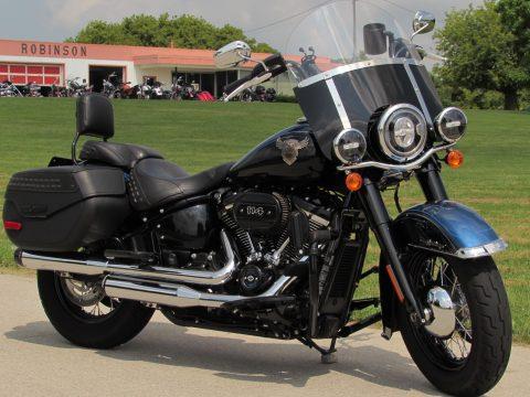 2018 Harley-Davidson Heritage Classic FLHCS 114ci  - 7,500 KM - Rinehart EX - H-D Warranty 2024