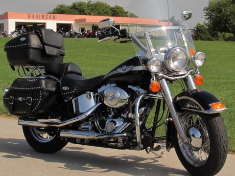 2003 Harley-Davidson Heritage Softail Classic FLSTC   - ONLY 21,400 KM's - Spectacular 100th Anniverasary