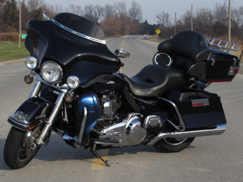 2010 Harley-Davidson FLHTK Ultra LIMITED  110 Heads - Tru-Duals - Cams - Screamin Eagle Super Tuner