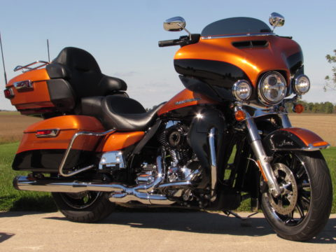 2015 Harley-Davidson FLHTK Ultra LIMITED  - $6,000 in Options!