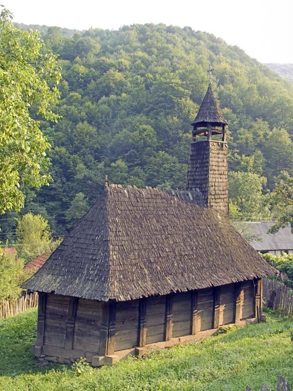 Biserica din Valari, Ținutul Pădurenilor