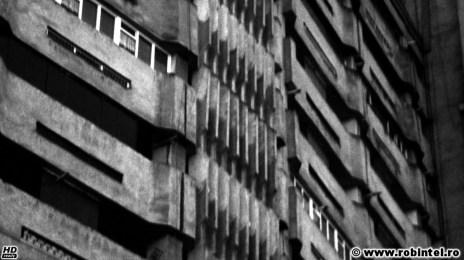 05. Briz-brizuri de un kitsch grotesc pe un bloc comunism - arhitectura Cluj