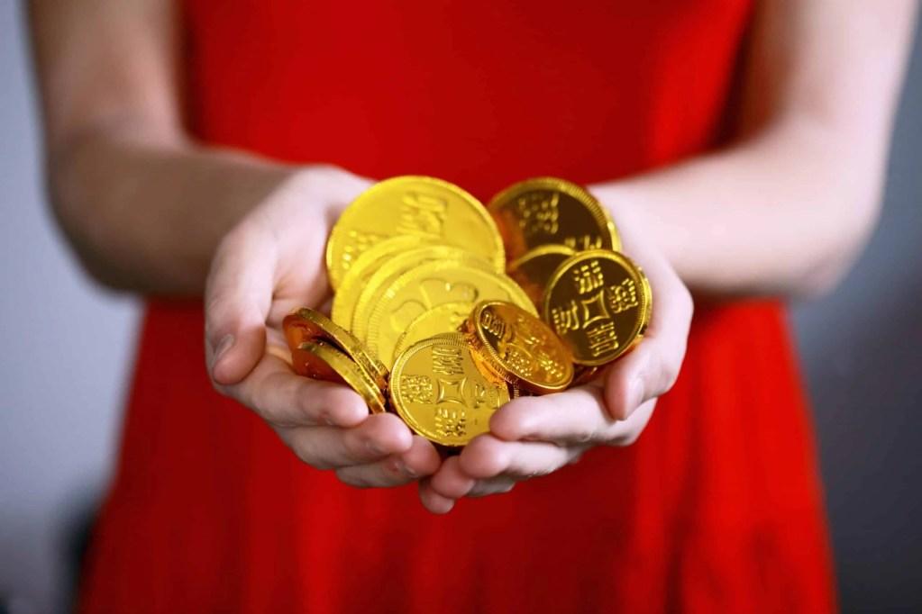 So wichtig ist ein finanzielles Polster und so legt Frau es sich an