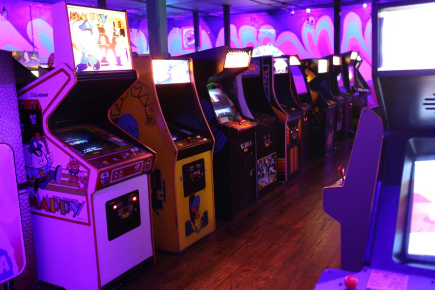 Robot City Games and Arcade