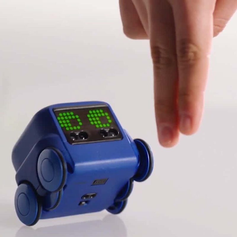 Hand Gesture_boxer robot ai toy, robotopicks