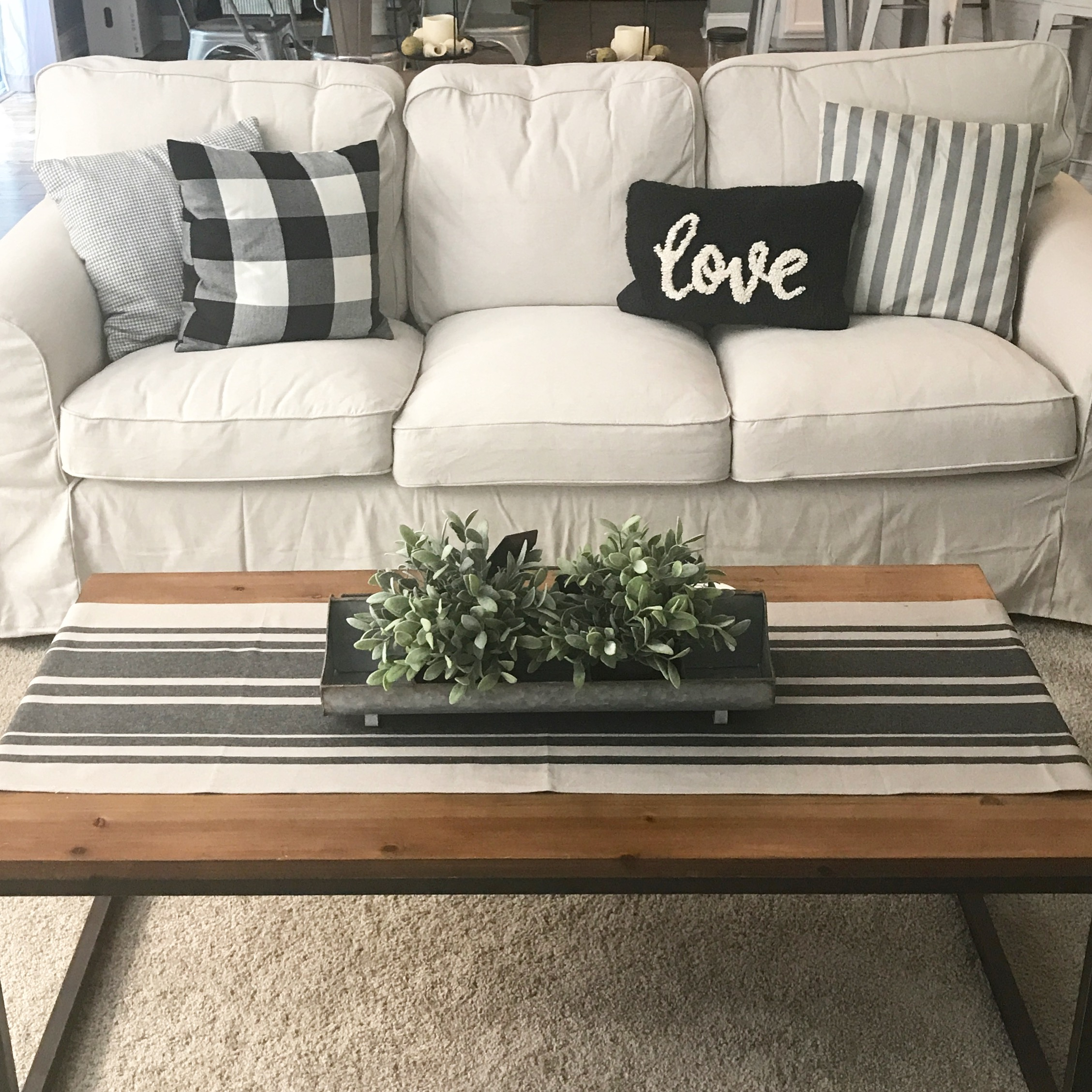 When We First Moved In Our Home A Little Over A Year Ago We Didnu0027t Do Our  Homework On The Couches We Purchased For Our Living Room. We Bought A Couch  And ...
