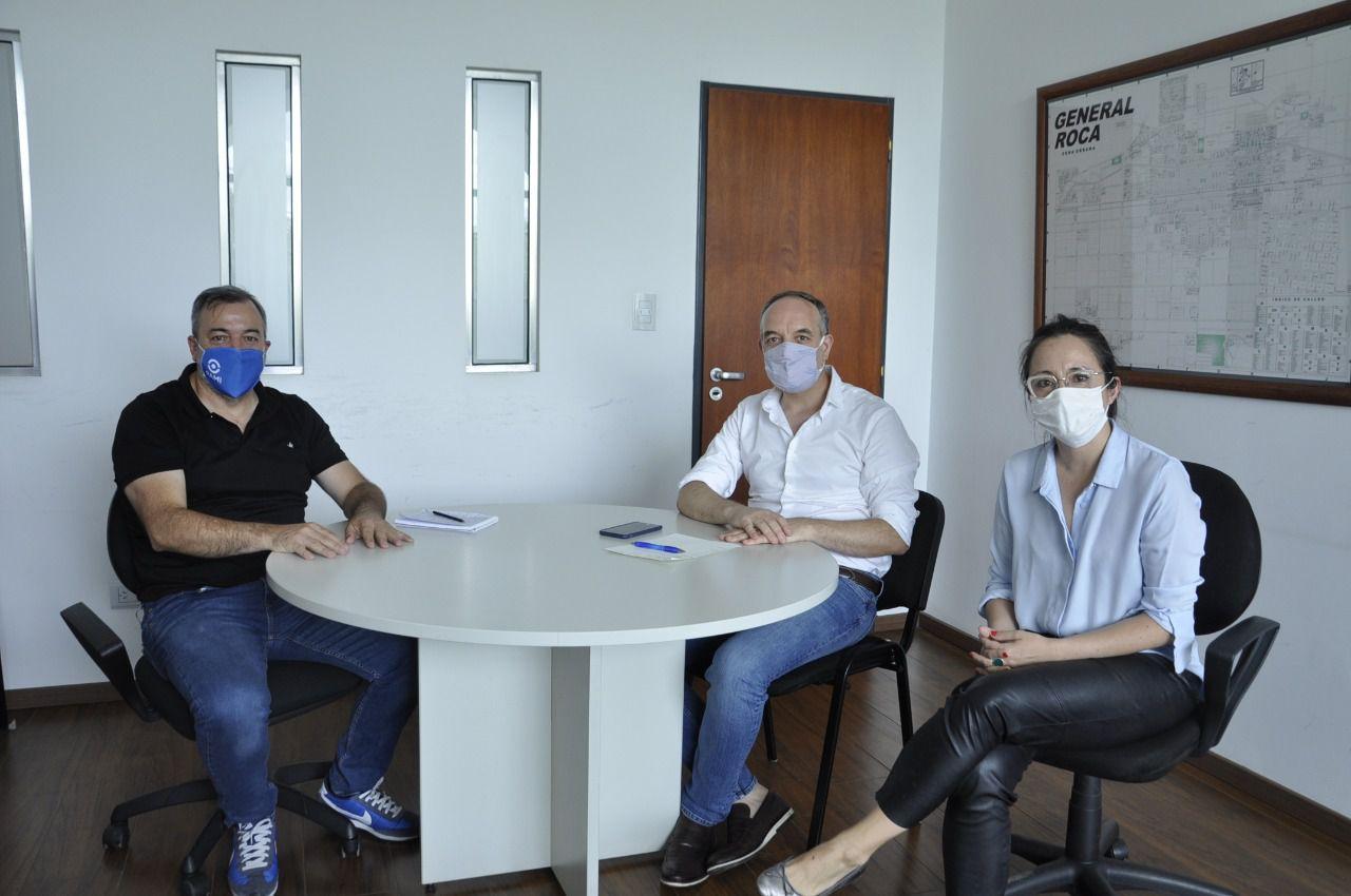 El senador Martín Doñate se reunió en Roca con Rodolfo Aguiar