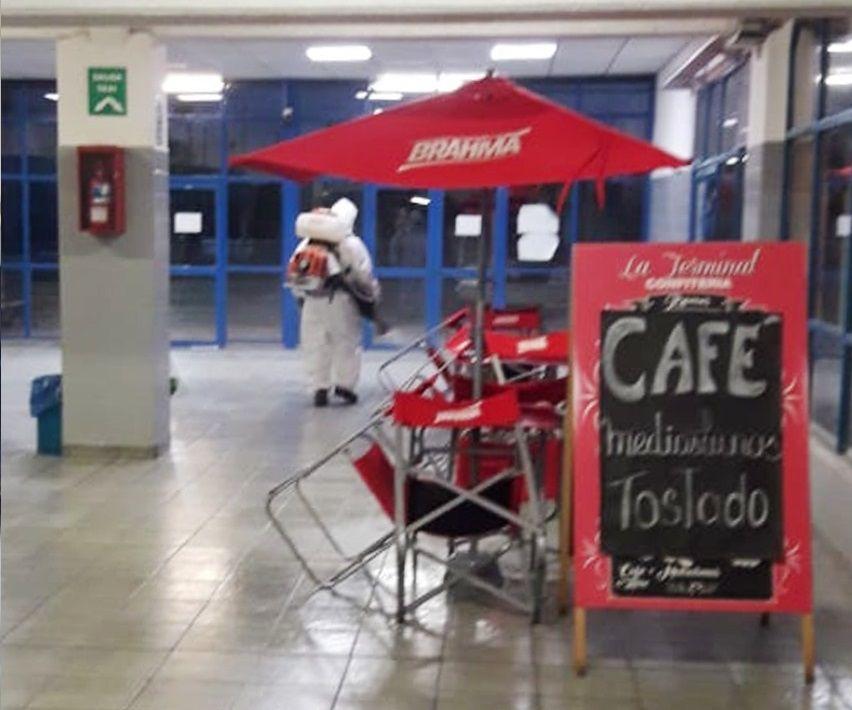 Como método fijo de cuidado, se realizaron desinfecciones en lugares públicos de Roca