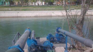 42 grados y el agua cortada: Aguas Rionegrinas señaló que es un problema eléctrico