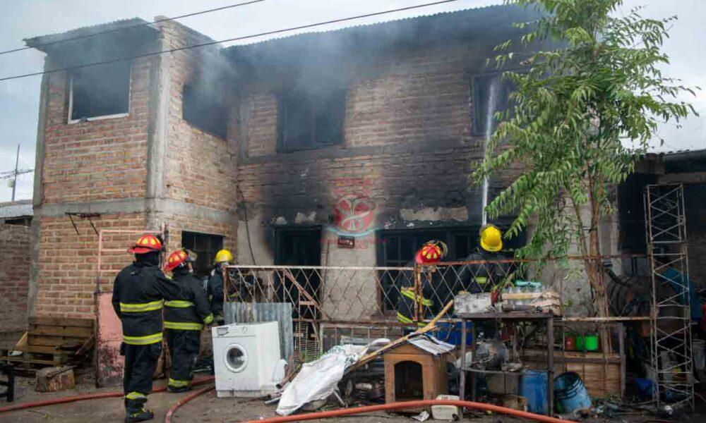 ROCA: Un incendio les destruyó su vivienda y piden ayuda