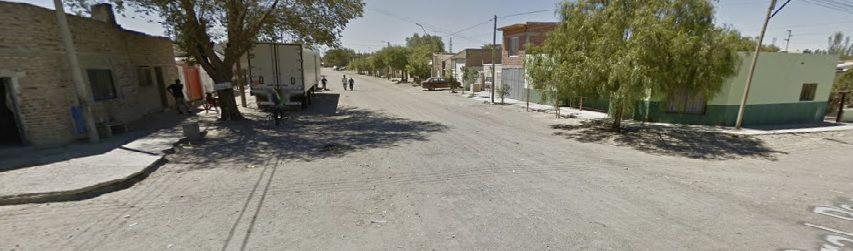 Cinco hombres encapuchados tiraron más de 50 veces contra una casa de la zona norte