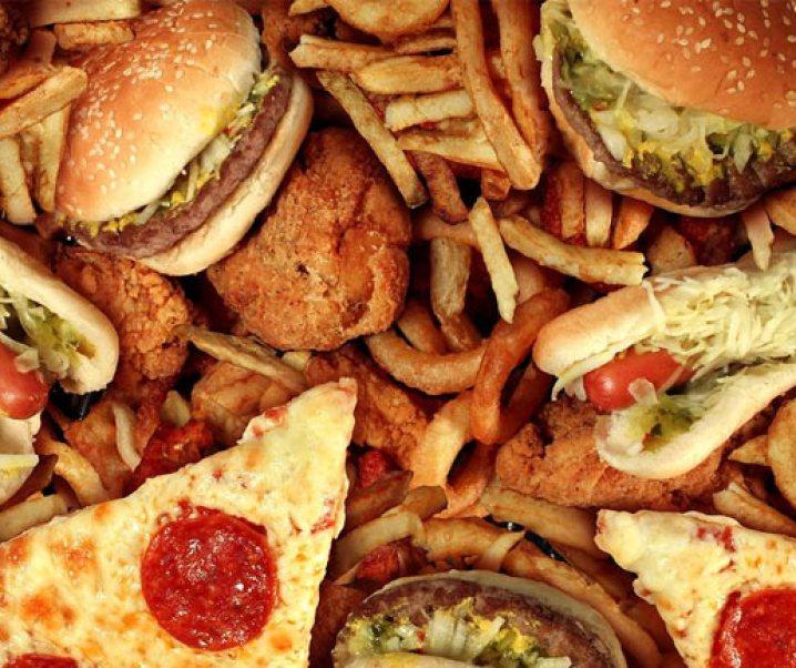 Las grasas trans preocupan a la sociedad mundial por los daños que sus consumos generan. La OMS (Organización Mundial para la Salud) está preocupada del tema e insta a su eliminación en los alimentos en los próximos 5 años