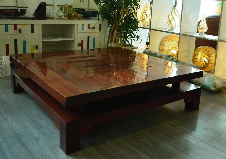 table basse carre de salon en bois massif