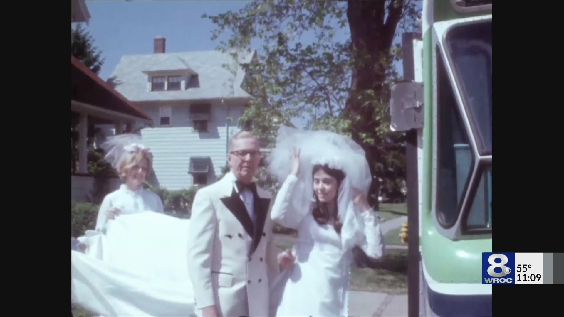 Bridal party takes RTS bus to church