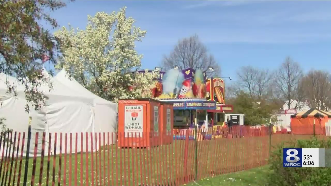 Crews prep ahead of start of Lilac Festival