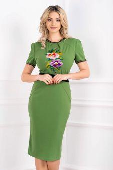 Rochie verde midi cu broderie motive traditionale si maneca scurta