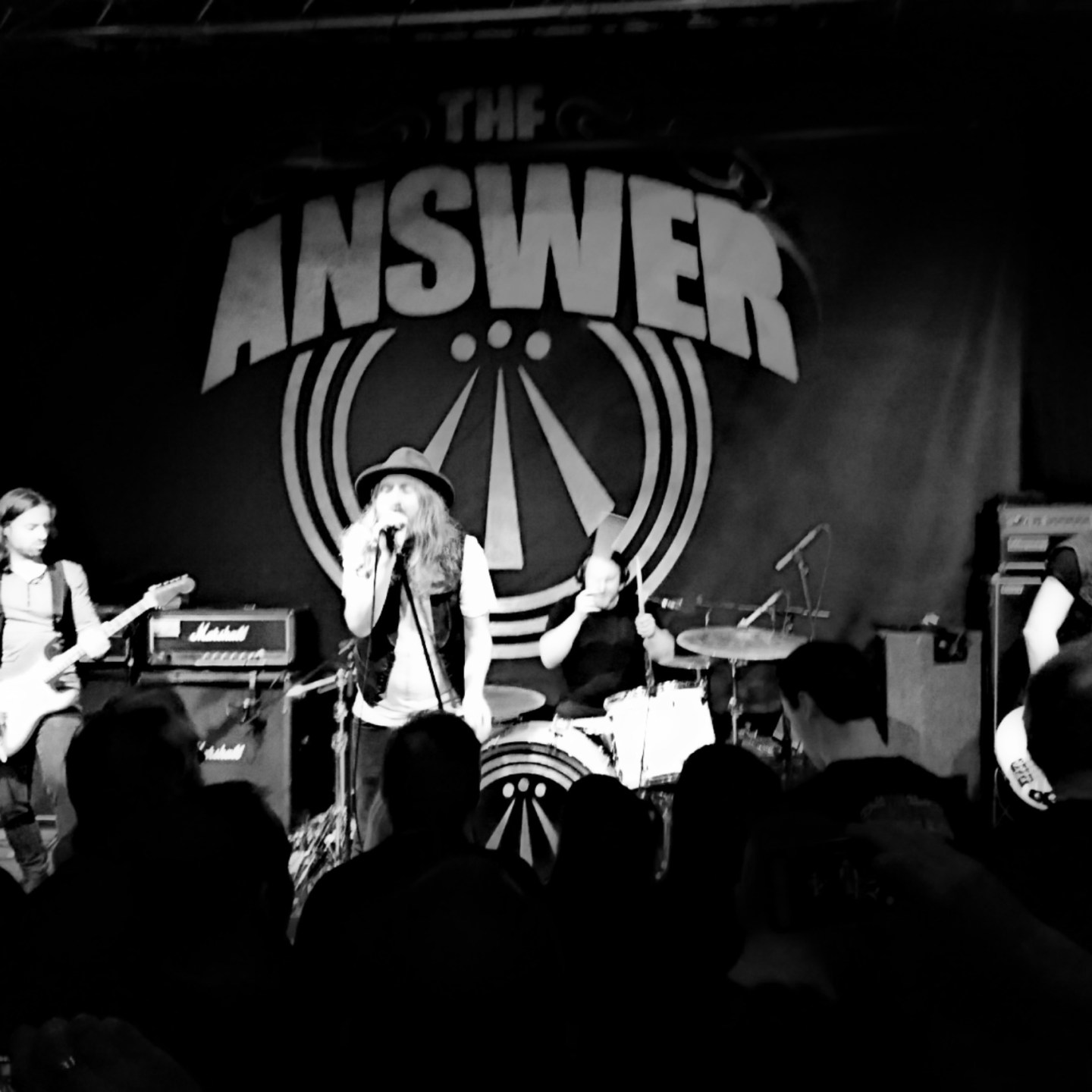Gig Review: The Answer & Black Cat Bones (Band On The Wall – Manchester, 06/03/17)
