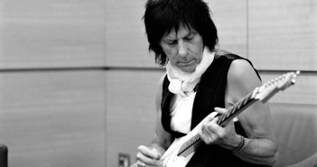 Jeff Beck (Photo: Ross Halfin)