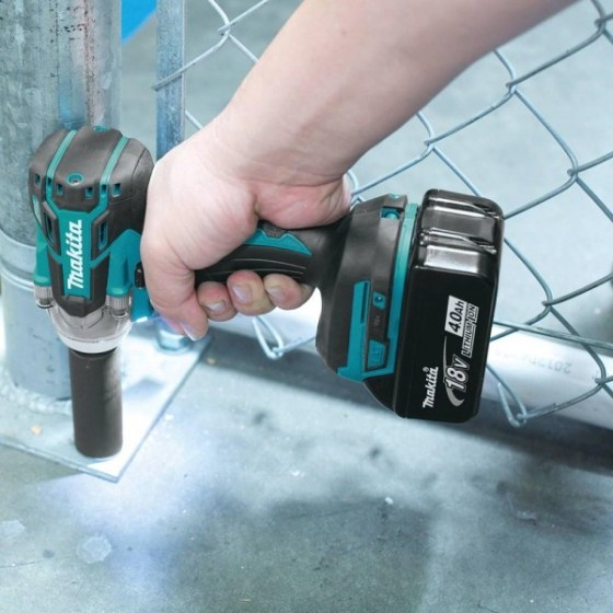 Makita_XWT02M_action02