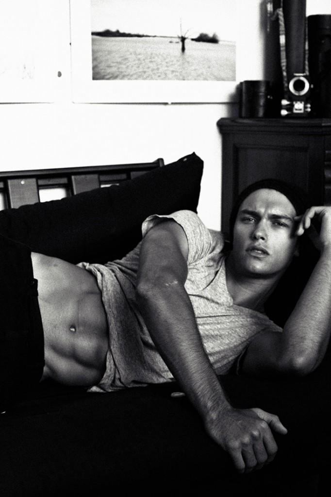 Lucas-Garcez-Louis-Daniel-Botha-Male-Model-Scene-02