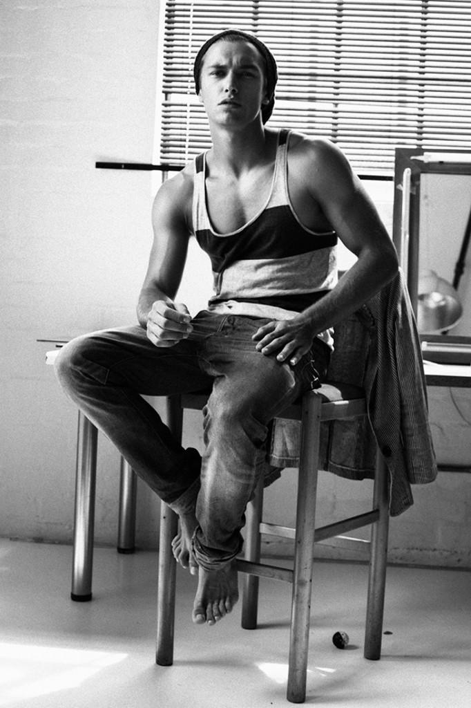 Lucas-Garcez-Louis-Daniel-Botha-Male-Model-Scene-03