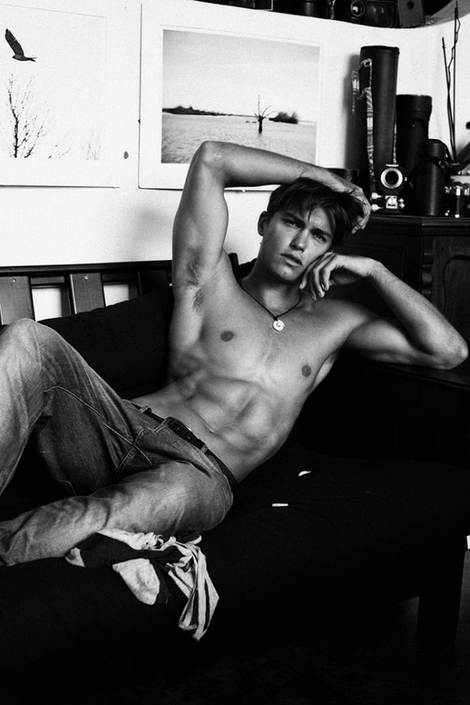 Lucas-Garcez-Louis-Daniel-Botha-Male-Model-Scene-07