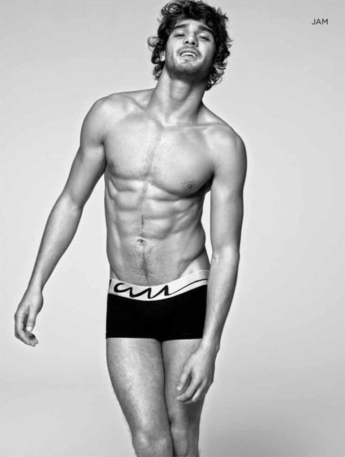 Marlon-Teixeira-Dean-Isidro-El-Palacio-de-Hierro-Underwear-09
