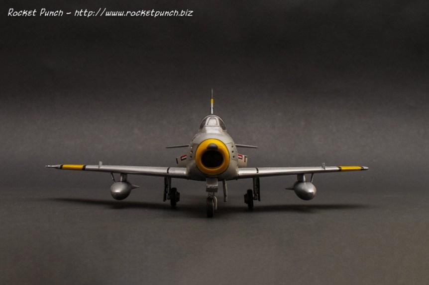 Academy 1/72 North American F-86F Sabre