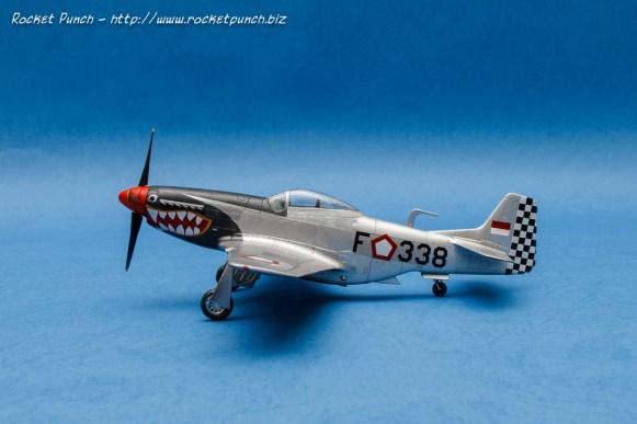 Tamiya 1/72 North American P-51D Mustang 'AURI'