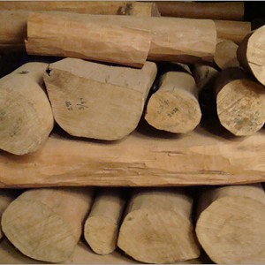 essential oil sandalwood 2
