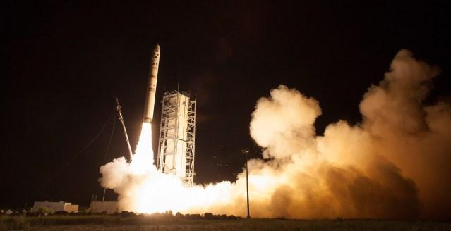 NASA's LADEE observatory launches aboard the Minotaur V rocket from the Mid-Atlantic Regional Spaceport at the Wallops Flight Facility, Friday, Sept. 6, 2013, in Virginia. Photo: NASA/Carla Cioffi