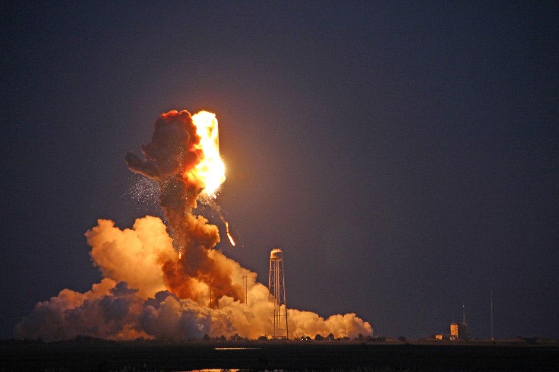 Orbital Sciences' Antares rocket explodes moments after blastoff from NASA's Wallops Flight Facility, VA, on the evening of Oct. 28, 2014. Credit: Ken Kremer