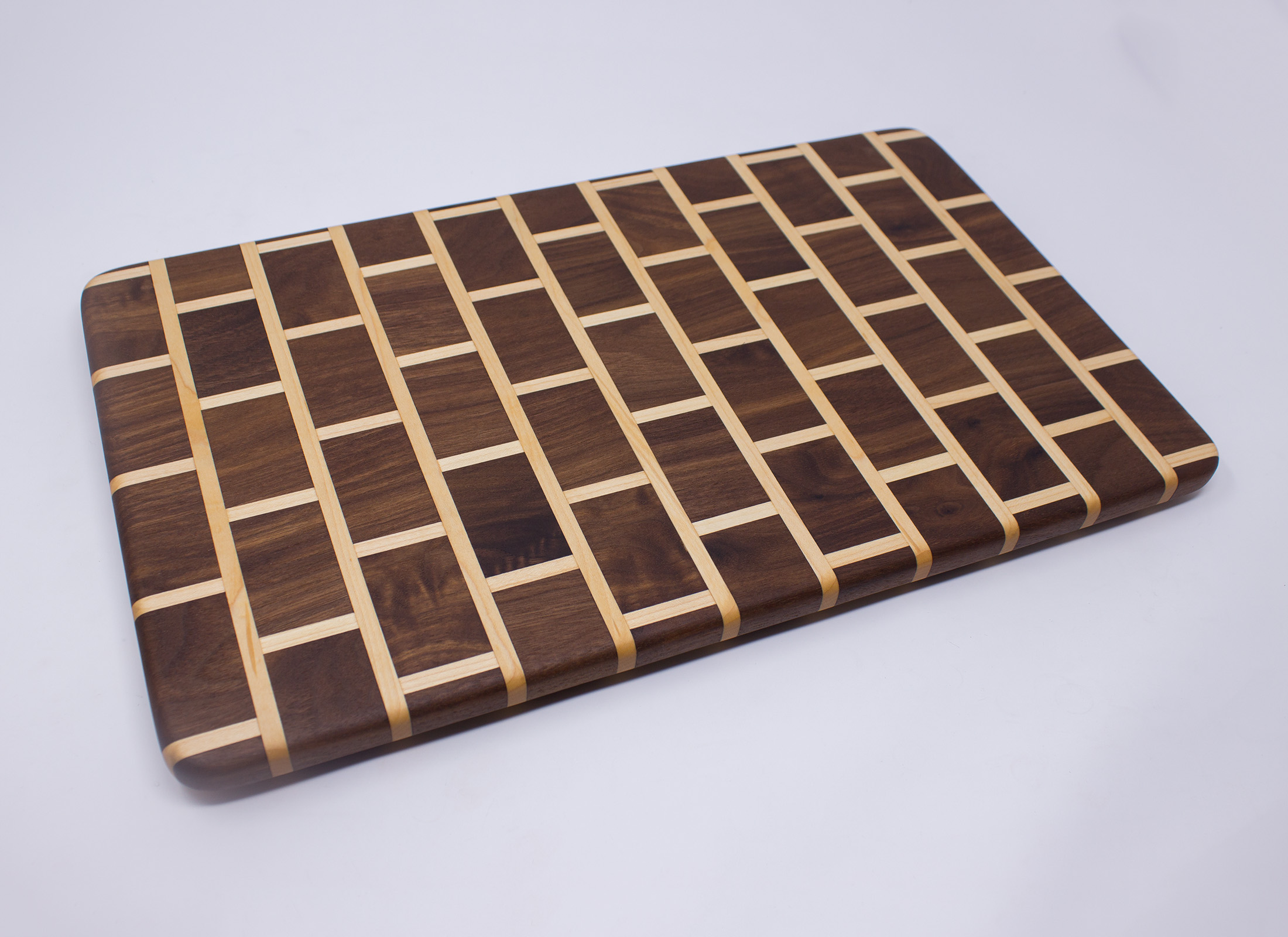 brick pattern cutting board walnut and maple rockford woodcrafts