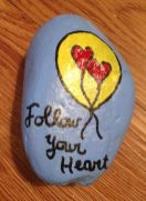 Creative diy painting rock for valentine decoration ideas 10