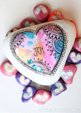 Creative diy painting rock for valentine decoration ideas 5
