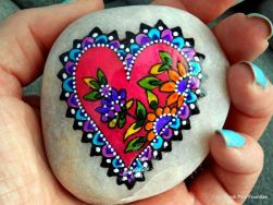 Creative diy painting rock for valentine decoration ideas 50