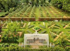 Homestead farm garden layout and design for your home 10
